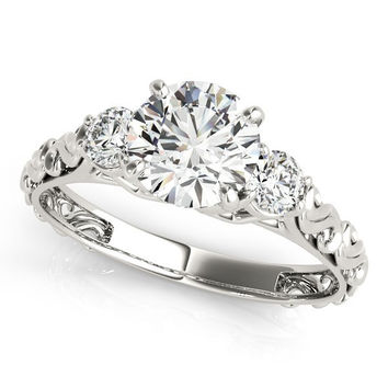 14K White Gold Antique Design 3 Stone Round Diamond Engagement Ring (1 3/4 ct. tw.)