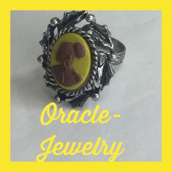 Yellow Vintage Cameo Ring