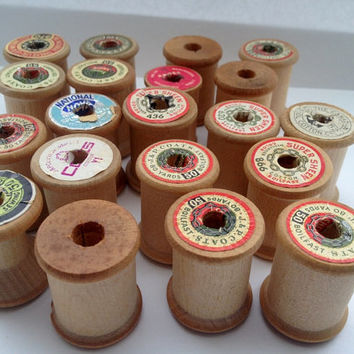 Vintage Wood Spools - 20 wooden thread spools - 1 1/4 inch high x 1 inch wide - craft supply