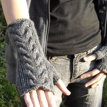 Cable knit wrist warmers knitting pattern PDF by bijouxboutique