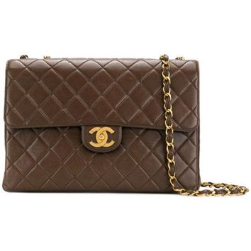 GKIN3 Chanel Vintage Jumbo Shoulder Bag
