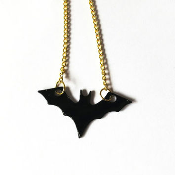 Batman Enamelled Necklace - Batman Necklace for comic book lovers - bat necklace jewelry for geeks!