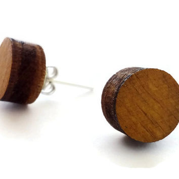 Laser cut natural wood circle stud earrings,wood round stud earrings,wood post earrings,wooden studs earring,wood ear studs,button earrings