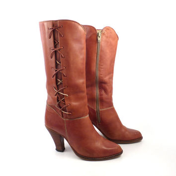 Vintage 1970s Distressed Lace Up Town and Country Whiskey Brown Leather Boots Women's 7