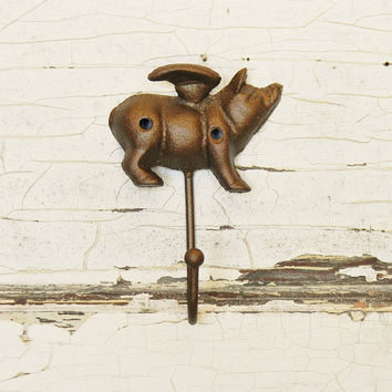 Pig,Pig Hook,Pig Wall Hook,Pig Decor,Pig Wall Hanger,When Pigs Fly,Nursery Wall Hook,Animal Wall Hook,Farmhouse Wall Decor,Country Decor