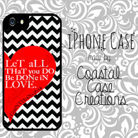 Red Heart and Chevron 1 Corinthians 16:14 Bible Verse Apple iPhone 4 & 5 Hard Plastic Cell Phone Case Cover Original Trendy Stylish Design