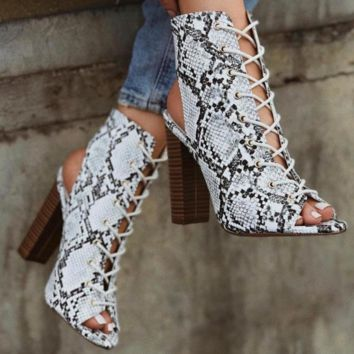 Hot style boots with thick heel and hollow strap