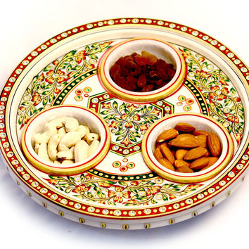 Aakashi Movable Red 3-Bowl Set