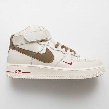 Air Force 1 Nike Men's and women's sneakers in high and middle class