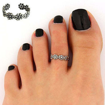 Women Ladies Elegant Adjustable 925 Silver Plated Flower Toe Ring Foot Beach