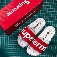 Supreme suprize design  Street beach slippers