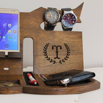 Personalized Gift for Men, Personalized Gift for Dad from Soon, Fathers Day Gift, Gift for Husband  from Wife, Phone dock, Phone stand