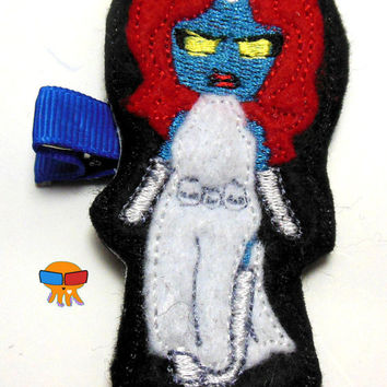 DIGITAL FILE Blue skinned shape shifter femme fatale felt clippies 4x4 5x7 ITH Machine Embroidery Design download clips felties Final