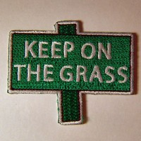 1960s-70s Hippie Peace Movement KEEP ON The GRASS Patch