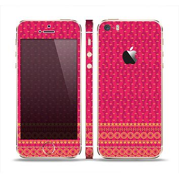 The Tall Pink & Orange Vintage Pattern Skin Set for the Apple iPhone 5s