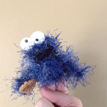 Handmade little Cookie Monster finger puppet, pen cap, pencil cap, key chain, finger puppet, sesame street