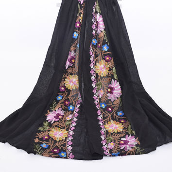 Women Cotton Linen Scarf Casual Japanese Traditional Daisy Embroidery Shawl Sunscreen Fashion National Female Travel Scarves