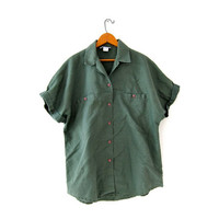 Vintage army green button up shirt. Tee shirt. Minimalist t shirt. Short sleeve pocket shirt. Safari shirt.
