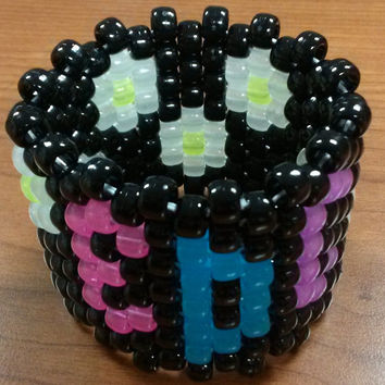 EDC Daisy Glow in the dark kandi cuff
