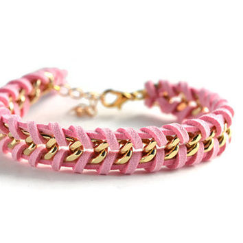 Pink Woven Gold Chain Bracelet, Light Pink Suede Woven Through a Single Chain, Pink Chain Bracelet, Chevron Chain Bracelet