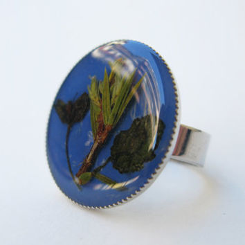 Real Flower Ring, Royal Blue Resin Ring, Botanical Ring,  Green Leaf Ring, Pressed Plant Jewelry, Adjustable Ring, Teens Gift