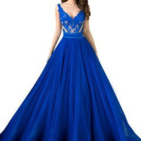 A-Line/Princess V-neck Floor-Length Chiffon Lace Prom Dress With Appliques Lace