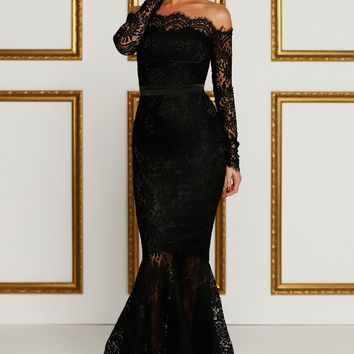 Last Dance Black Lace Boatneck Scalloped Off The Shoulder Long Sleeve Mermaid Maxi Dress