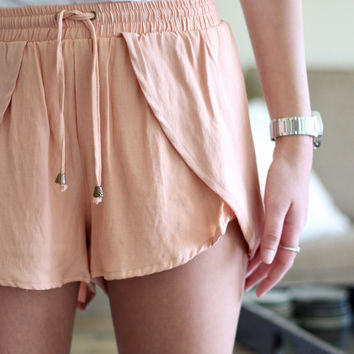 Casual Shorts in Salmon