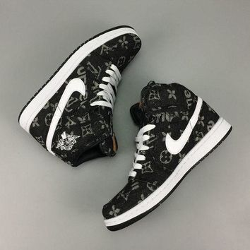 PEAP1U1 Nike Air Jordan Retro 1 High X Supreme X LV Louis Vuitton Men Sneakers Black Grey White
