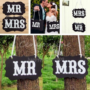 Couple Chair Mr & Mrs Signs Wedding Party Photo Props Banner Decoration 27x17cm = 1929771972