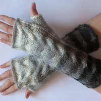 SALE Fingerless Gloves Gray Milk White wrist warmers