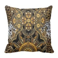 East African l Print Throw Pillow