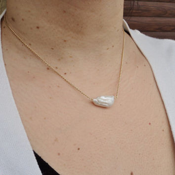 Single White Biwa Pearl 14K Gold Filled Necklace Dainty Jewelry Layered Necklace Pearl Necklace Gift for Her