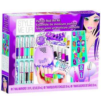 Style Me Up Perfect Nail Art Kit: DIY Nail Art