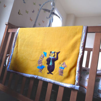 Custom Fleece Baby Blanket w/ appliqued Characters and hand-embroidered details, baby shower gift yellow baby boy, baby girl, gender neutral