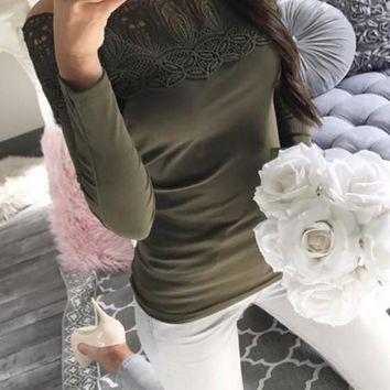 Green Plain Lace Boat Neck Long Sleeve Casual T-Shirt