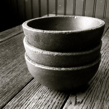 Coastal Living - 3 Bowl Set In Concrete