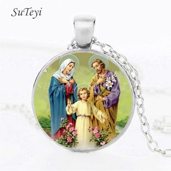 SUTEYI New Style Blessed Virgin Mary Mother of Baby Necklace Jesus Christian pendant Catholic Religious Glass Jesus Necklace
