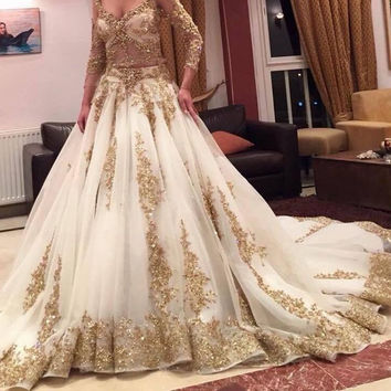 Luxury Two Pieces Indian Wedding Dresses White Gold Applique Deep V-Neck Long Sleeves