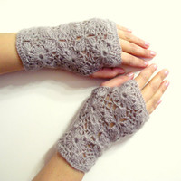 Mink Lace Crochet Fingerless Gloves - Crochet mittens - Wrist warmer - Winter gloves