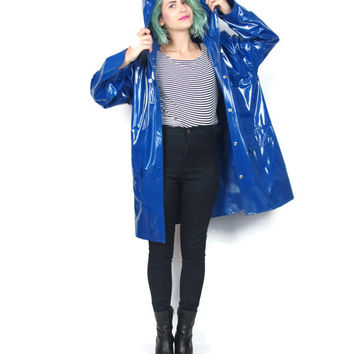 90s Blue Rain Jacket Hooded Vinyl Raincoat Mod Retro Waterproof Snap Front Long Sleeve Rain Coat (M/L)