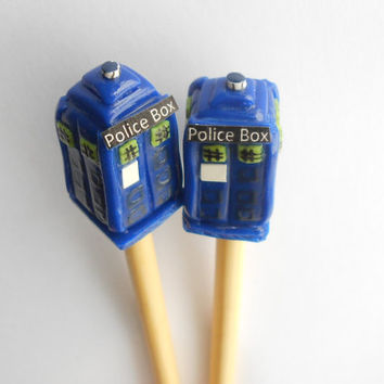 Doctor Who- Tardis Knitting Needles