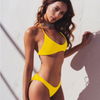 Explosive swimsuit four color sexy pleated seersucker ladies split bikini