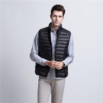 New Arrival Vest Men Winter Duck Down Ultra Light Duck Down Vest Loose Waistcoat Vest Sleeveless Jacket