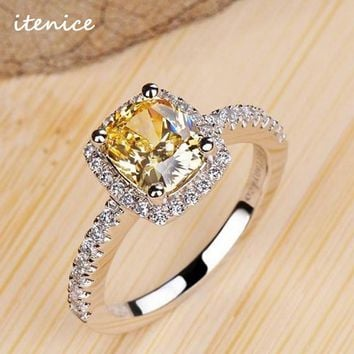 Luxurious 2 ct Rings Female Ring Bijoux Newest White Zinc Alloy 4 Prong Zirconia Crystal Wedding Engagement Rings For Women