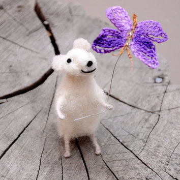 Needle Felted Animal, Felted mouse, Needle Felted Art Doll, Cute mouse with batterfly