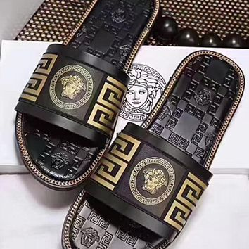 Versace : Fashion casual slippers