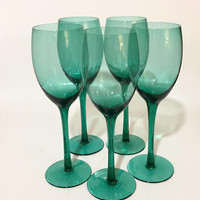 Green Wine Glasses, Set of 5 Juniper Green Wine Glasses, Holiday Glassware