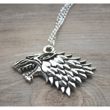 The song of ice and inspired Game of Thrones - Stark Wolf Necklace