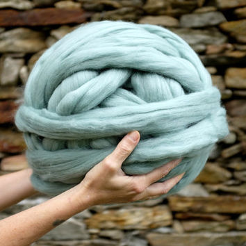 ARM KNITTING yarn - 19 micron - Massive Yarn - CHUNKY Blanket Yarn -Super Chunky Yarn -